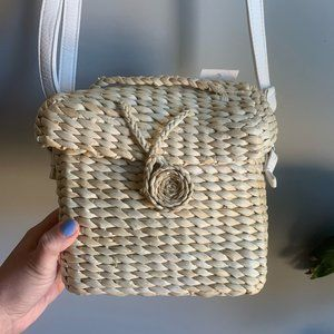 NWT Woven Straw Adjustable Crossbody Square Bag